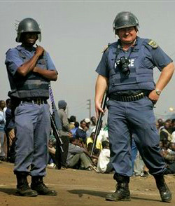 South-African-policemen